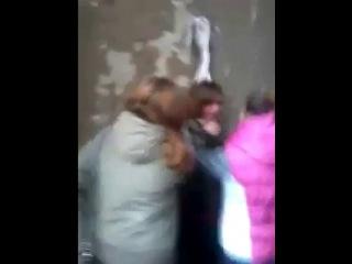 Мариуполь восстал против школьниц